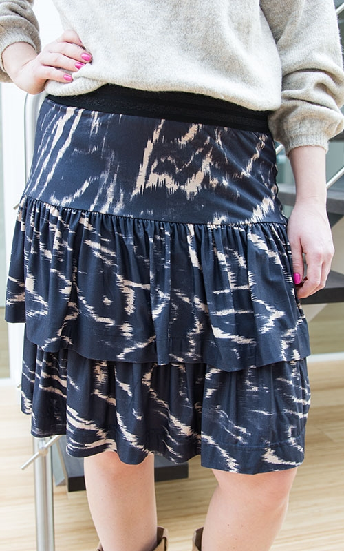 Frilla skirt-black