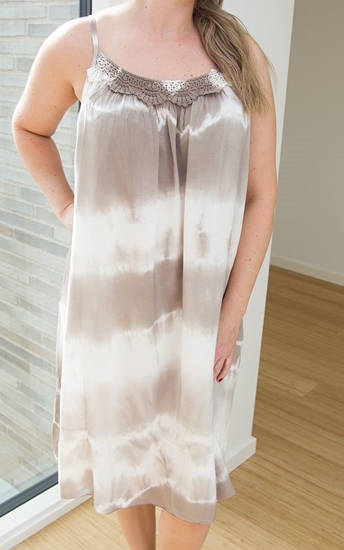 Gina dress-beige