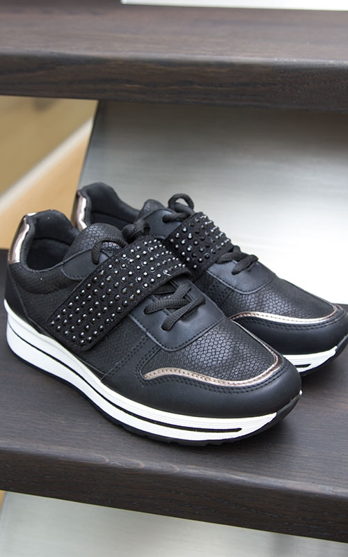 Lucy sneakers-black